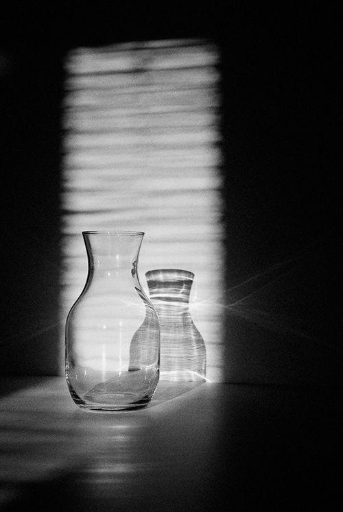 Glazen vaas, mooi gefotografeerd. Fotografie Kristofer Johnsson
