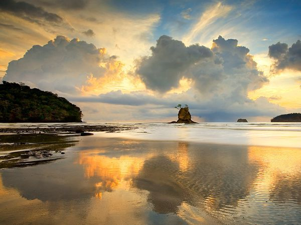 PENÍNSULA DE NICOYA, COSTA RICAPhotos, Sandy Beach, Favorite Places, National Geographic, Nicoya Peninsula, Costa Rica, Beautiful Places, Costa Rica, Backgrounds Pictures