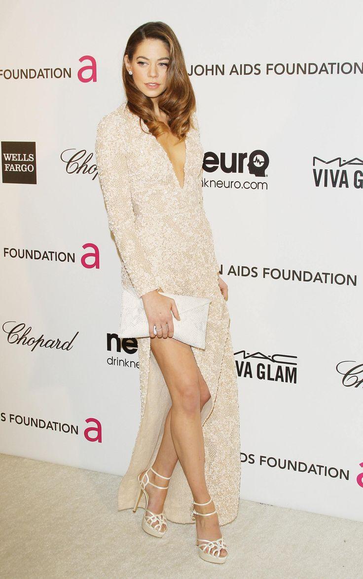 "babetemptation: ""Бетти Уайт Babe Temptation "" I ❤️ her elegance dress and high heels, she has beautiful legs"
