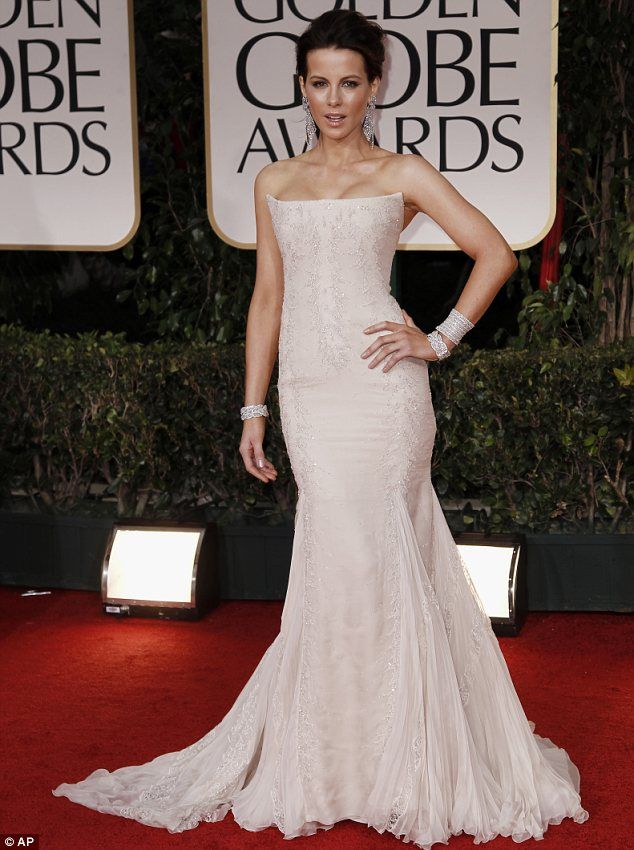 Kate Beckinsale wore a strapless Roberto Cavalli gown with delicate sequin embellishment and chiffon pleat detail around her skirt.