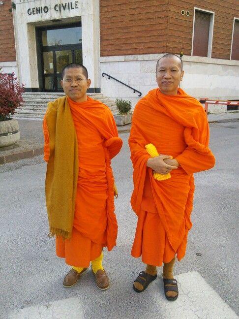 Monaci thailandesi