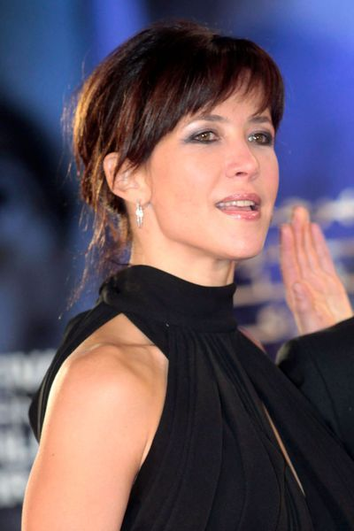 242 best sophie marceau images on pinterest sophie marceau actresses and beautiful women. Black Bedroom Furniture Sets. Home Design Ideas