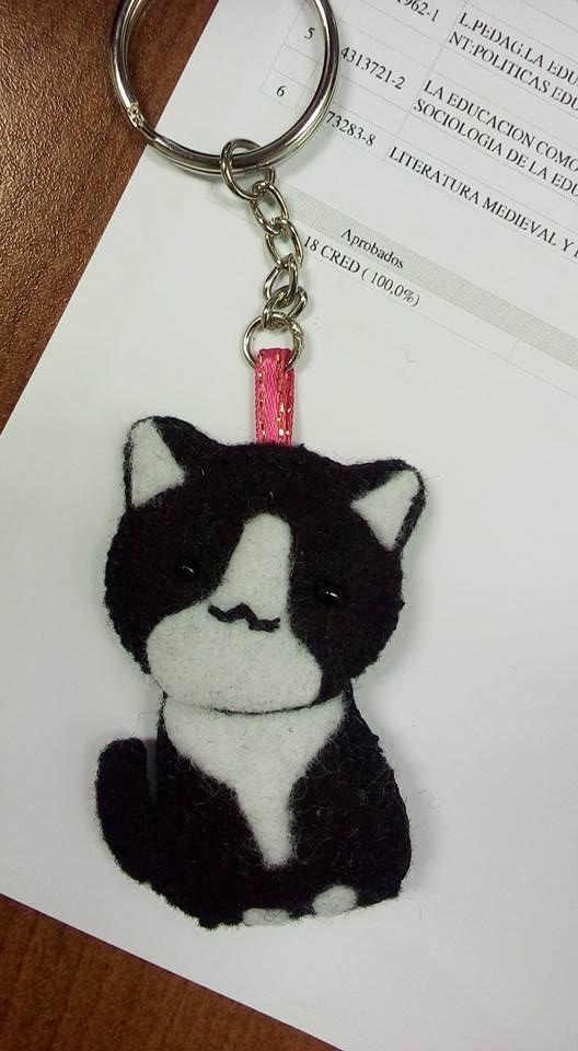 gatito llavero