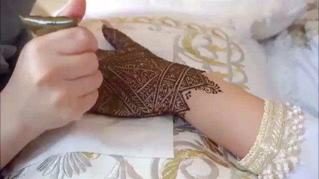 Pin By Fatima On Henne Henna Tattoo Henna Hand Tattoo Hand Henna
