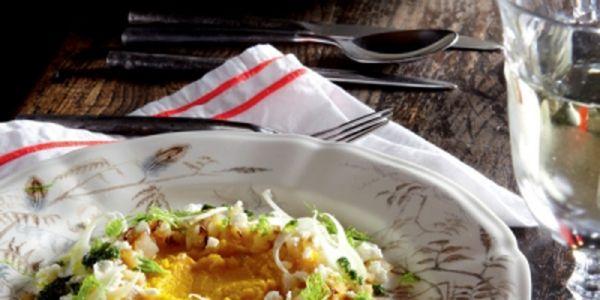 BEREIDINGSnij de wortels in kleine stukjes, zet op met koud water en zout en…
