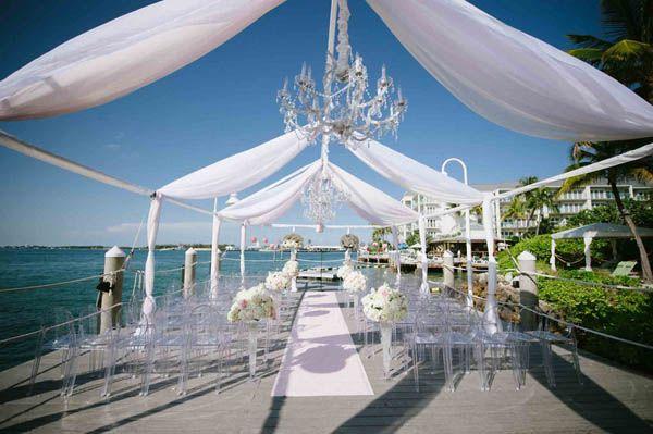 Modern outdoor over-water ceremony at Hyatt Key West Resort & Spa (Margot Landen Photography)