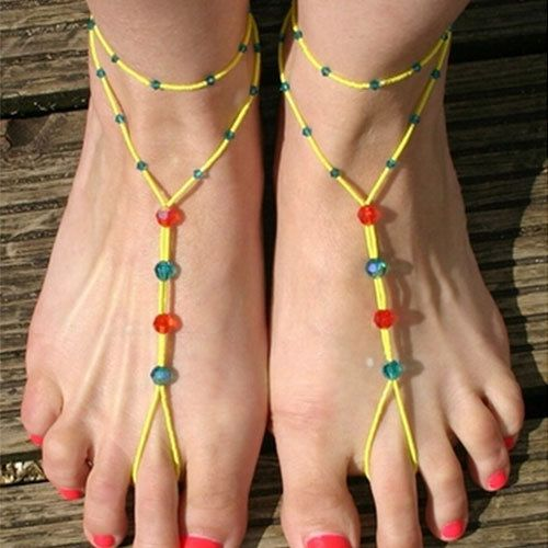 Walking in the beach wearing this ankle chain when bare feet,you must be the focus.The piece of ankle chain features colorful crystal beads for decoration.One side with two circles design and the other side with clipping toe design.If polishing red nail polish,you are more fashionable.