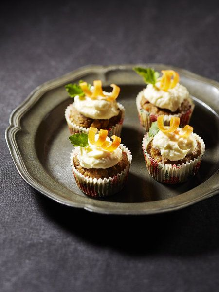 Recipe : Gluten-Free Carrot Cupcakes with Cream Cheese Frosting/グルテンフリーキャロットケーキ