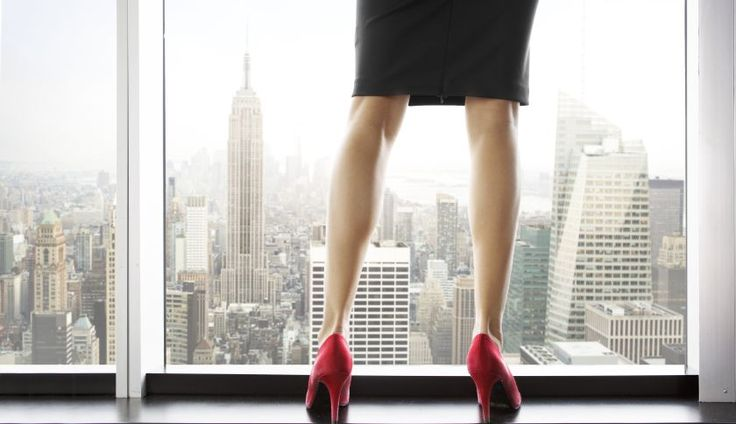 """The Ugly Reality of Being a Female Entrepreneur! """"It's so nice when a housewife has an idea.""""  That was the first eye-opening comment I heard when I was trying to raise funding for my company. It was also the first time I realized that being a woman entrepreneur would present different hurdles than those of my male counterparts. http://klou.tt/112fxnq6wykcr #femaleentrepreneur #womaninbusiness #challenges"""