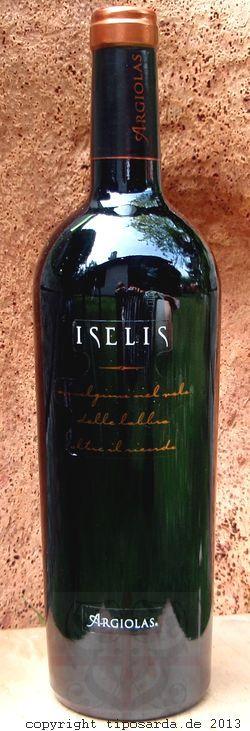 Iselis rosso IGT 2010 - sardischer Rotwein Monica di Sardegna, Carignano und Bovale Sardo.Was für wunderbare Aromen. Rote Früchte, Marascakirschen und Pflaumen. Begleitet von Vanille und Zimt.