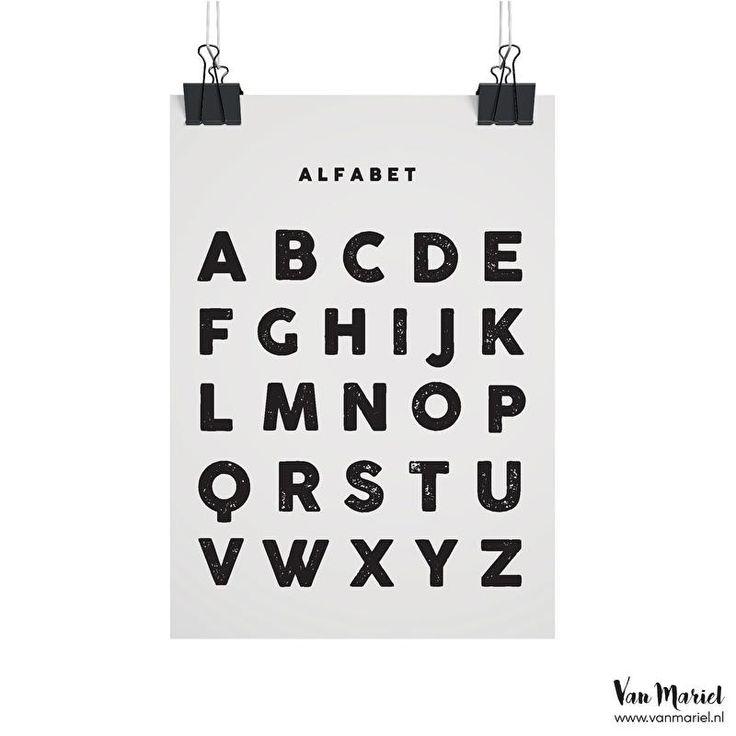 Het alfabet leren lezen en schrijven wat nog nooit zo leuk met deze A4 poster. Buy at www.prettypresents.nl #A4poster #alfabet #kinderkameraccessoire