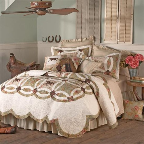 Cowgirl theme bedding and room decor this heavy quilted for Cowgirl themed bedroom ideas
