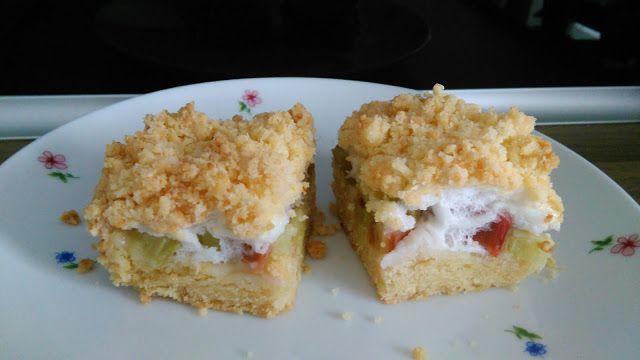 dobra gospodyni dom wesołym czyni: Szybki przepis na ciasto z rabarbarem i kruszonką