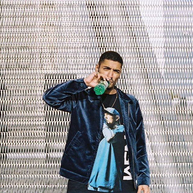 See Instagram photos and videos from sneazzy (@sneazzysneazzy)