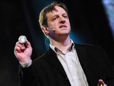 Harald Haas: Wireless data from every light bulb