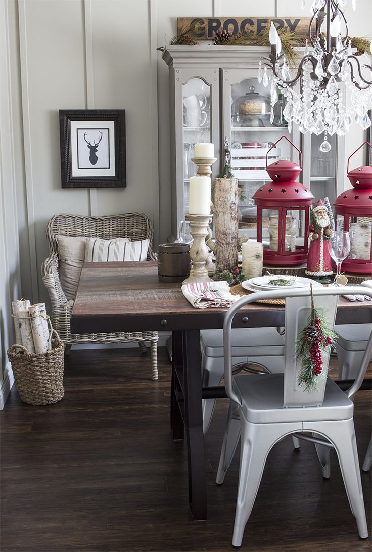 Rustic, Industrial Christmas Dining Room - Hello Yellow Blog #LeonsHelloHoliday