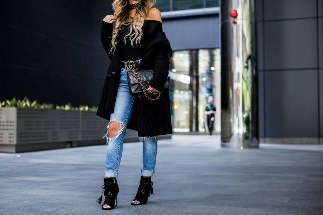 NOVEMBER 11TH, 2016 BY MARIA How To Wear A Sweater Coat - Bailey44 Sweater Coat // Topshop Bodysuit // Levi's Jeans  // Gucci Double G Belt // Nordstrom Black Booties // Celine Sunglasses // Revolve Choker // Chanel Bag
