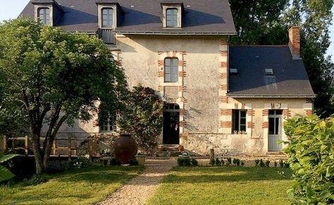 Casa francesa de campo (viejo molino convertido en casa)