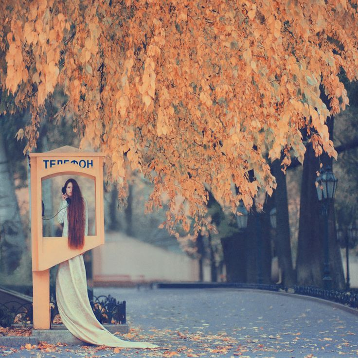 Oleg Oprisco is a brilliantly talented photographer from Lviv, Ukraine, who creates stunning surreal images of elegant women in fairy-tale or dream-like settings. There's one significant difference, however, that sets him apart from other artists who create similar work – Oprisco shoots using old-school film photography.