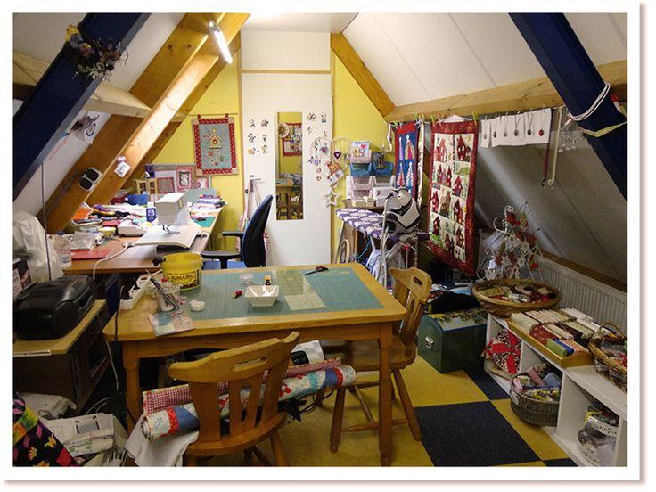 Love all crafts Miranda: my workspace www.loveallcrafts.nl