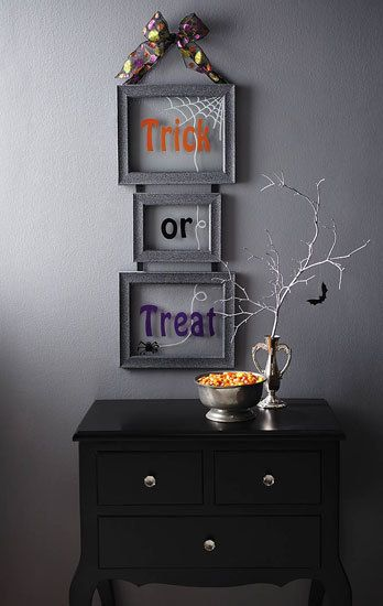 diy halloween decor frightfully fun frames - Diy Halloween Crafts