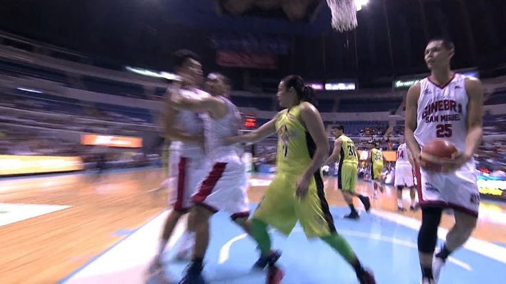 Things got a little heated between Terrence Romeo and LA Tenorio! | PBA Commissioner's Cup 2017 - WATCH VIDEO HERE -> http://philippinesonline.info/trending-video/things-got-a-little-heated-between-terrence-romeo-and-la-tenorio-pba-commissioners-cup-2017/