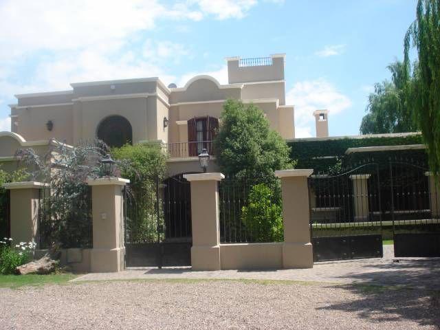 Casas con dise o colonial inspiraci n de dise o de - Fotos de casas estilo colonial espanol ...