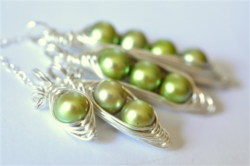 custom pea pod necklaces