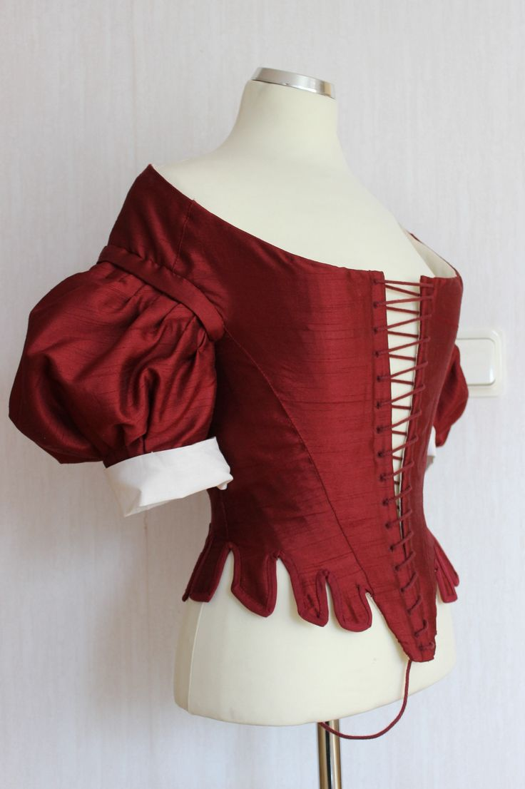 """Sew 17th century Challenge"" – The Bodice (part 3 – Finishing) at Fashion Through History"