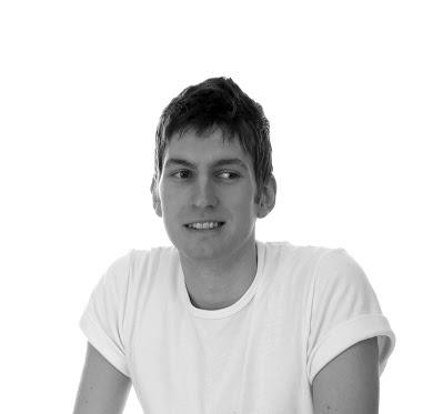 L'intervista a Pietro Bastia su http://www.youtool.it/2013/8815/ @Savanah Curtis METALLO e @YOUTOOL.IT Design Out Of the Box presentano a Milano durante la settimana del design 2013 nel distretto di Ventura Lambrate, la prima collezione di arredi interamente prodotta in lamiera e disegnata da 7 giovani studi e designer.