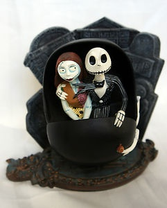 Nightmare-Before-Christmas-2001-Haunted-Holiday-Event-Jack-Sally-Doombuggy- have this!