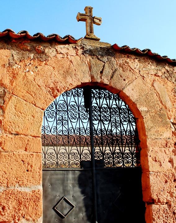 Iglesia de estebanvela segovia levantada con piedra de for Piedra de silleria