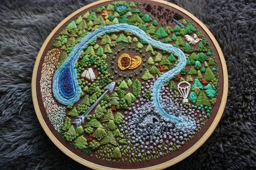 Map of the Hunger Games done in Embroidery. Wish I had the time for something like this.