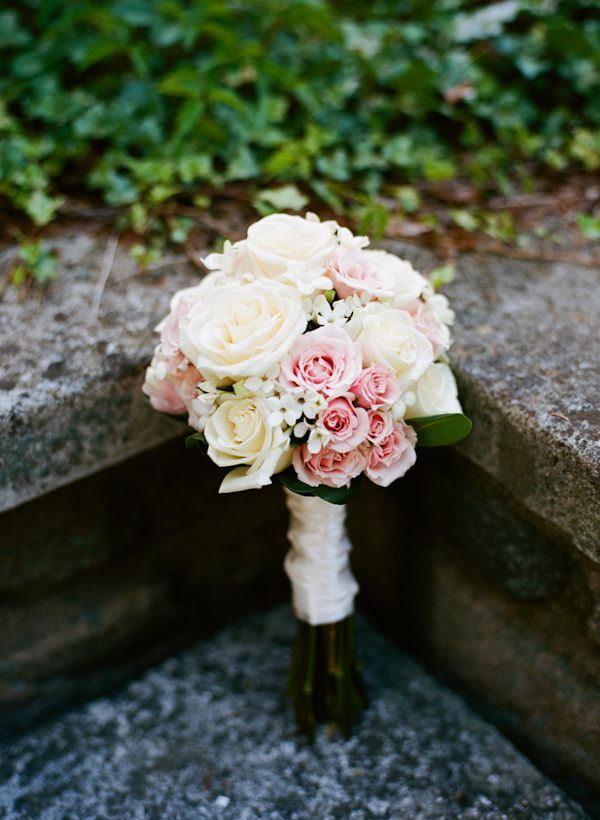 White, ivory, and light pink bouquet at elegant and classic wedding in New Jersey by Michael Ash Imagery  | via junebugweddings.com