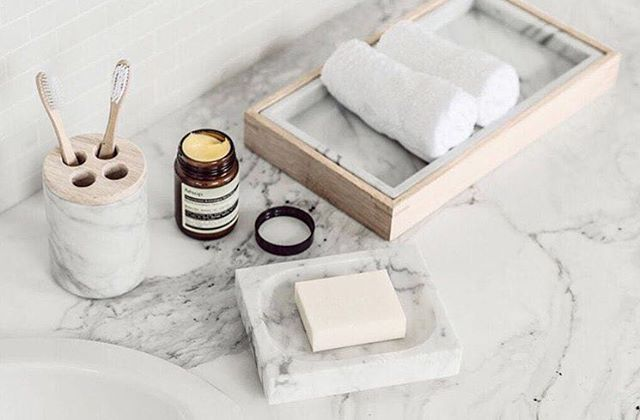 This is for you marble lovers out there😍 Lovely bathroom accessories from @harpersproject Credit: @harpersproject and Photo: Margaret Zhang #harpersproject #bathroom #bathroomaccessories #bathroomdesign #bathroominspo #bathroominterior #bathroominspiration #marble #marbledesign #marbleinspiration #interior #interiors #design #designs #interiordesign #marmor #badrumsinspiration #badrumsinspo #badrumsrenovering #inredningsdesign #inredningsinspiration #inredningsdetaljer