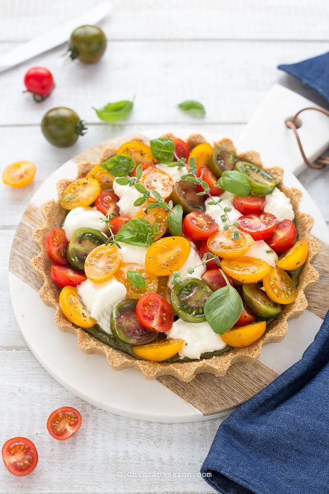 Crostata caprese senza cottura, una torta salata facilissima adatta per l'estate SENZA COTTURA e buonissima!