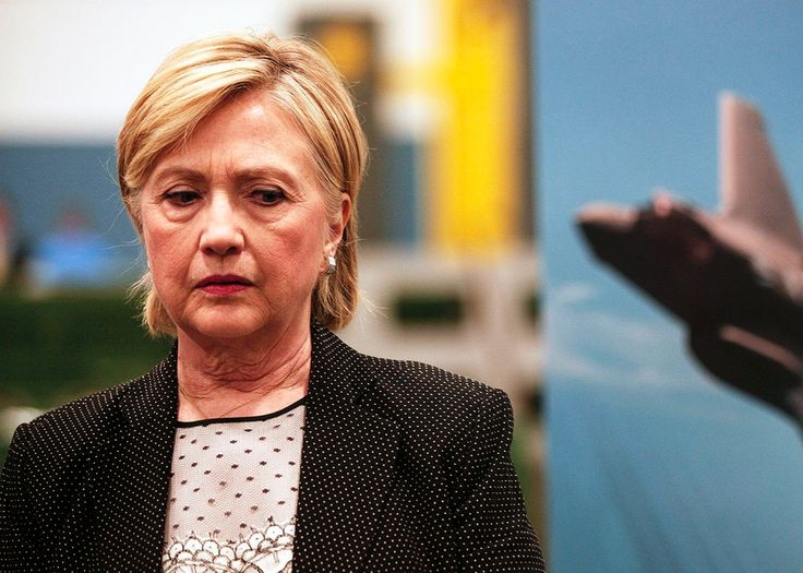 Hillary Clinton's Pneumonia is Serious But She Should Bounce Back, Say Doctors