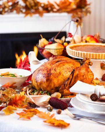 Host a Thanksgiving potluck #marshacollins #ilovemyhouse #dreamhouse