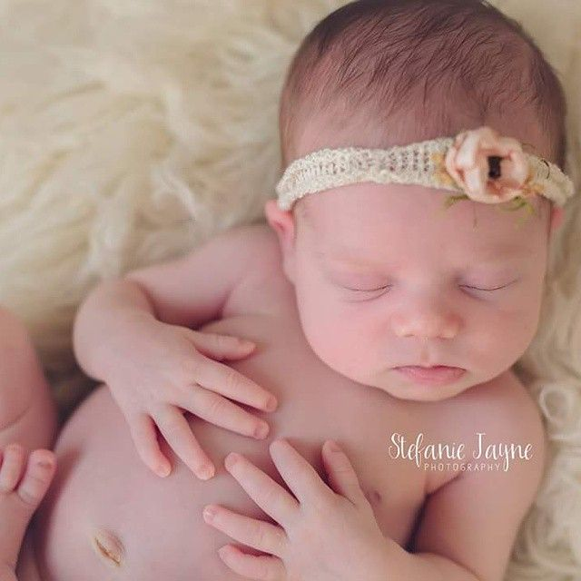 Perfection in my Darla tieback. This is one of my favorite recents. I can't wait to see photos of all the ones that have already gone out! Happy Wednesday friends! ✌ #loveisprops #newbornphotographyprops #newbornphotography #best_pictures_of_babies #babyprops #tieback #darla #propvendor #propjunkie #simplicity @photopropjunkies