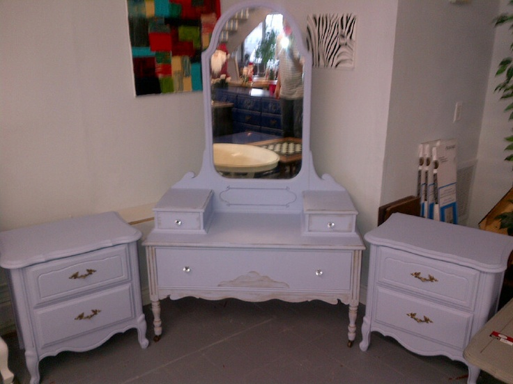 ANTIQUE VANITY AND NIGHT TABLES
