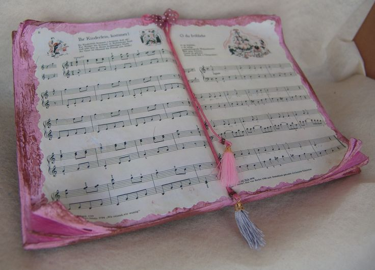 Romantic pink music book. | Created by JKa. Available at https://www.etsy.com/shop/CreationsbyTzeniKa #CreationsbyTzeniKa