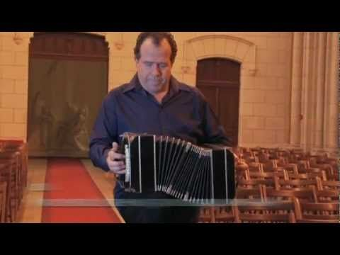 (60) Aria de J.S. Bach - Richard Galliano (Clip) - YouTube
