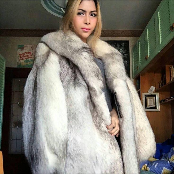 @fur_mag в Instagram: «#fur #furcoat #coat #style #fashion #luxury #lookbook #beautiful #girl #blonde #musthave #selfie…»