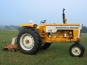 1971 Minneapolis Moline G750 Antique Tractor