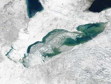 lake erie ice cover