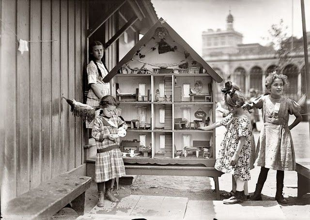 Playground dollhouse, New York, c. 1910