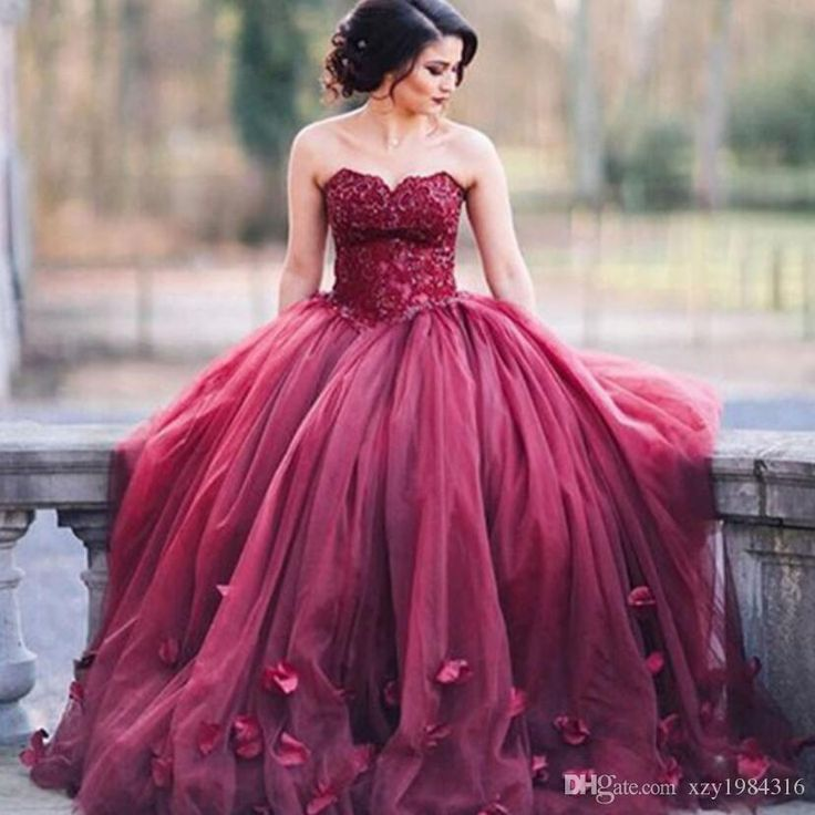 14 best Naomi Prom Dress \'18 images on Pinterest | Bridal gowns ...