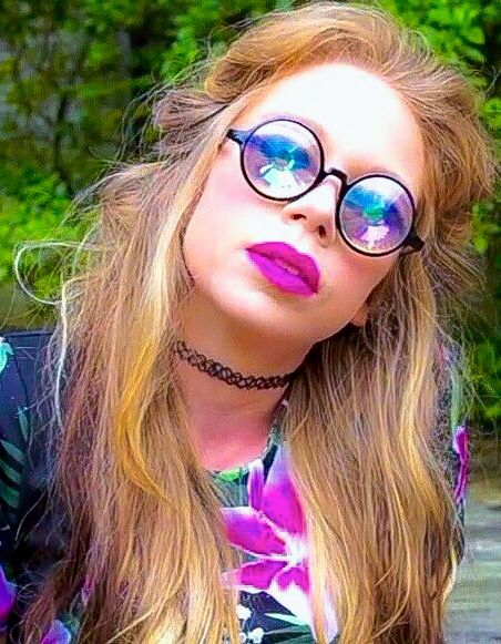 Grav3yardgirl in h0les eyewear glasses