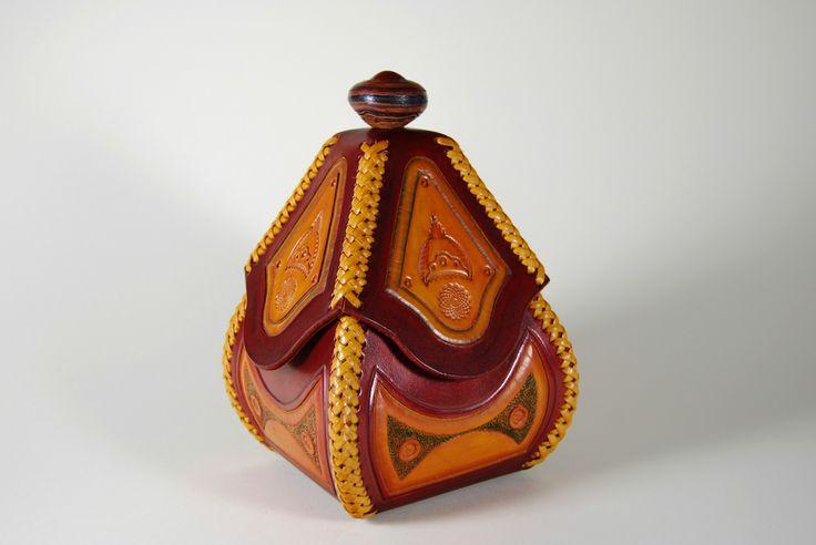 Joyero Repujado #Artesanía #Handmade #fait à la main  #joyero #jeweller