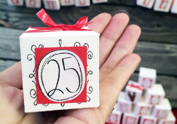 Адвент-календарь: 6 быстрых идей, чтобы успеть порадовать детей